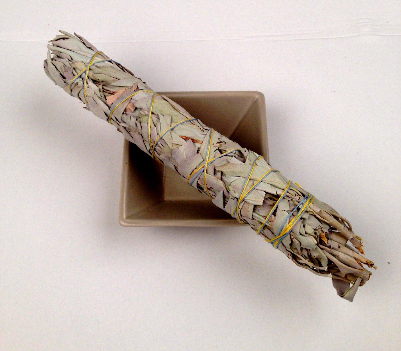 Weißer Salbei (White Sage) Räucherbündel mini (Smudge Stick) mit Copal, ca 8 cm (4 Inch) small
